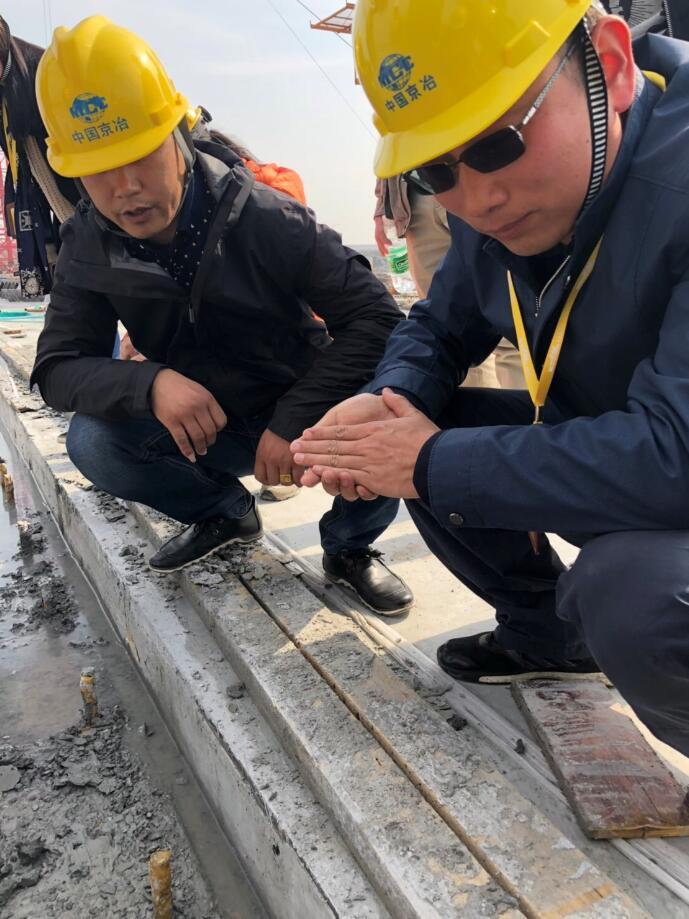 造chuan厂实地学习轨道胶泥ying用